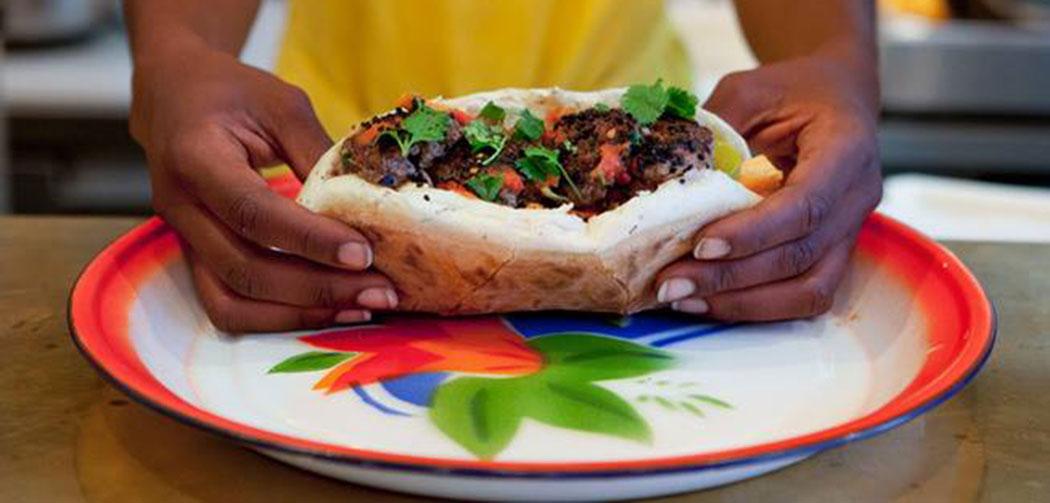 meilleur kebab kebap paris zarma rococo paris la seinographe. Black Bedroom Furniture Sets. Home Design Ideas